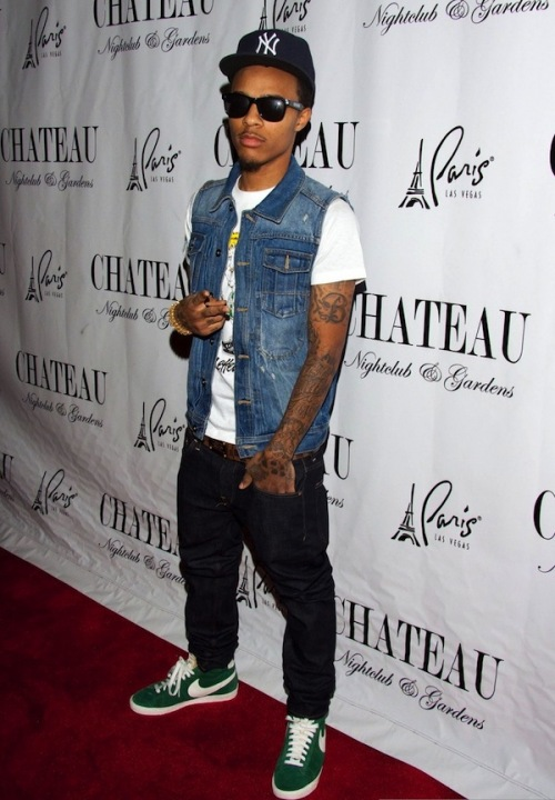 cheap for discount a17a5 351a3 Bow Wow Rocking Nike Blazer Sneakers With Denim Jeans, Vest   Tee-Shirt